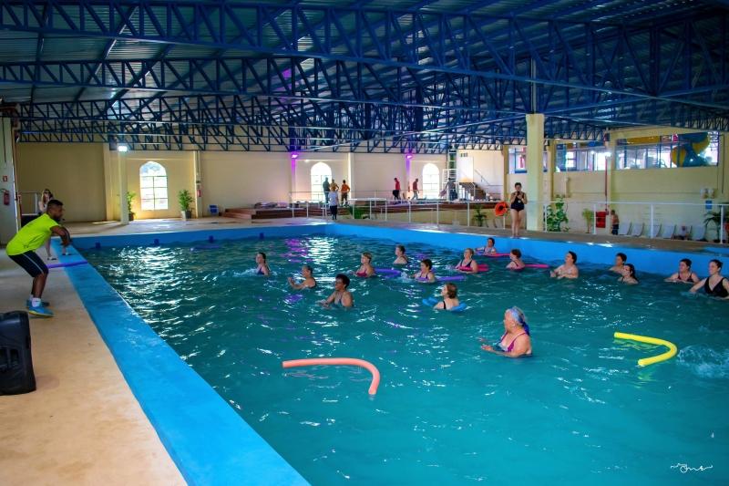 Atividades físicas nas águas termais